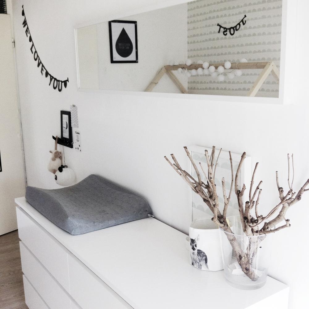 Binnenkijken bij Joost: zwart wit en hout - Thuis : LieveKeet