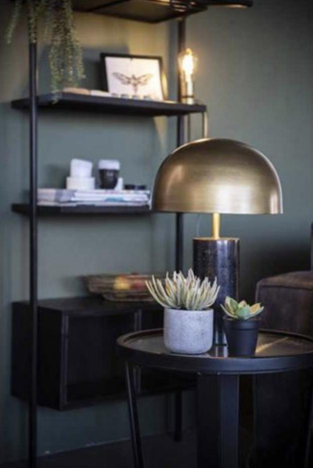 Een industriële sfeer kan in elk interieur, elk type woning. Dit zijn de tips om ook bij jou een industriële ambiance te creëren.